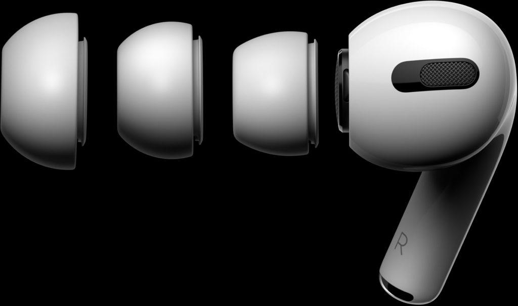 Écouteurs intra-auriculaires d'Apple, les AirPods Pro. ici, on voit les trois types d'embouts en silicone proposés.
